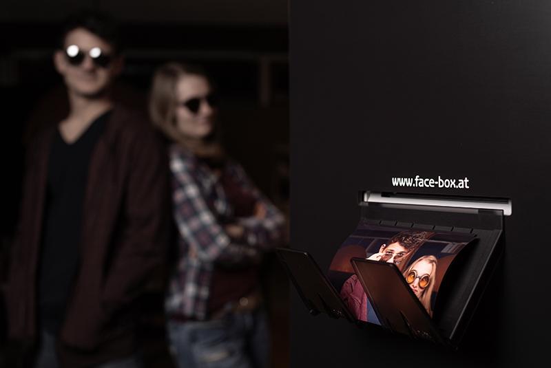 face-box druckt Fotos im klassischen 10x15 cm Format